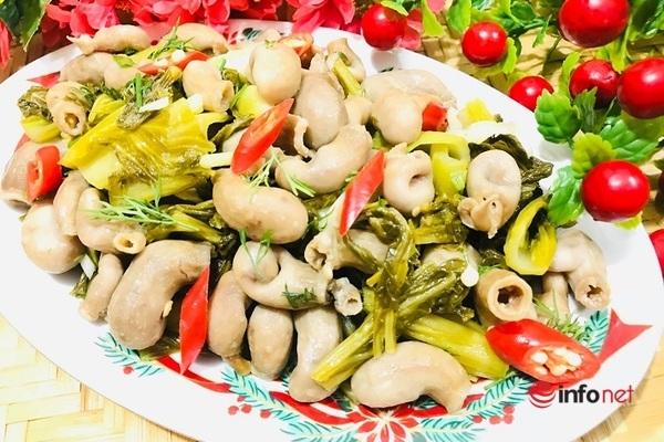 Lạ miệng với món bao tử cá ba sa xào cải chua - 13