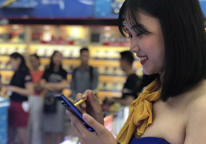 Đây là lý do nhiều người dùng vẫn thích mua điện thoại xịn đời cũ - 4