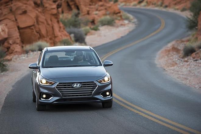 Giá xe Hyundai Accent lăn bánh giảm 50% trước bạ trong tháng 7/2020 - 7