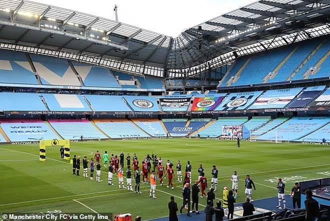 Cựu vương Man City xếp hàng đón tân vương Liverpool, gửi thông điệp thép - 2
