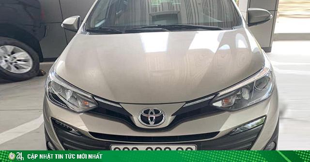 Toyota Vios biển số tứ quý 8 rao bán hơn 1 tỷ đồng