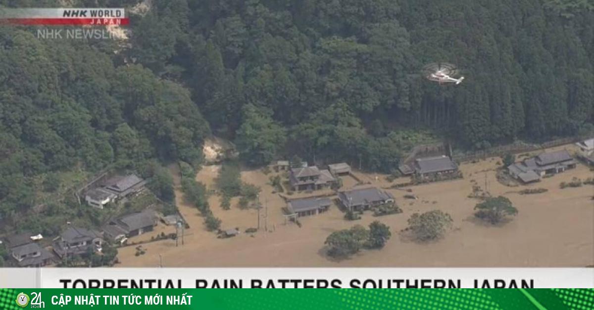 Video: Lũ lụt kinh hoàng, cuốn trôi cả cầu ở Nhật Bản