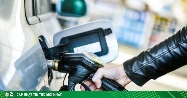 Điều gì xảy ra khi đổ dầu diesel vào chiếc xe chạy xăng