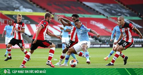 Video highlight trận Southampton - Man City: Siêu phẩm định đoạt, địa chấn khó tin