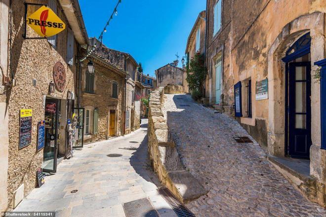 14 ngôi làng đẹp như thiên đường dưới hạ giới ở Pháp - 3