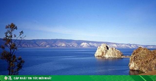 Hồ nước tuyệt đẹp, được cho là chứa hàng tấn vàng nhưng...