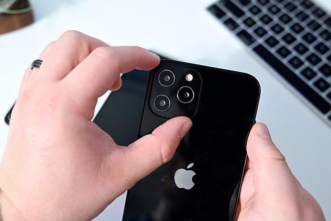 iPhone 12 trông ra sao trước iPhone 11 và iPhone SE? - 1