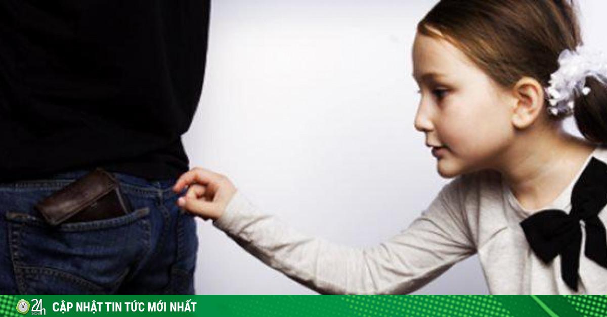 Con ăn trộm tiền lần đầu, bố mẹ xử lý thế nào?