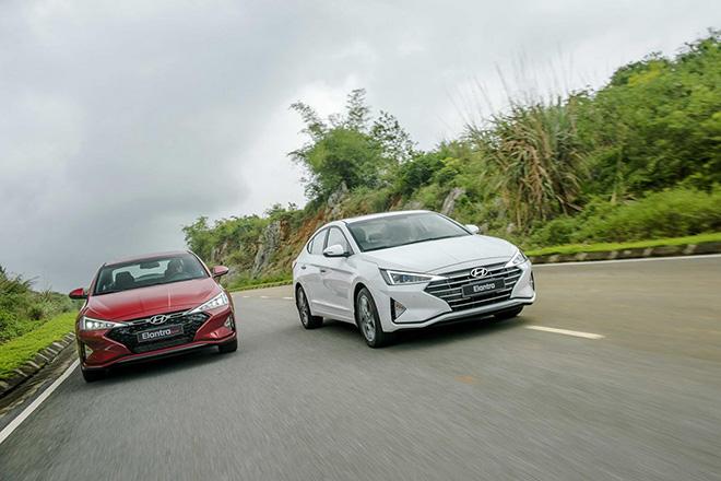 Giá xe Hyundai Elantra lăn bánh giảm 50% LPTB tháng 7/2020 - 9