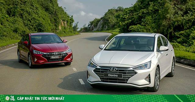 Giá xe Hyundai Elantra lăn bánh giảm 50% LPTB tháng 7/2020