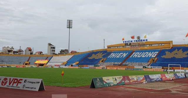 Công an Nam Định dùng lực lượng tinh nhuệ bảo vệ sân Thiên Trường