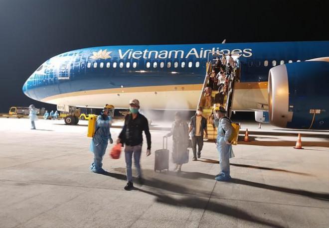 Hé lộ chuyến bay chưa từng có của Việt Nam - 1