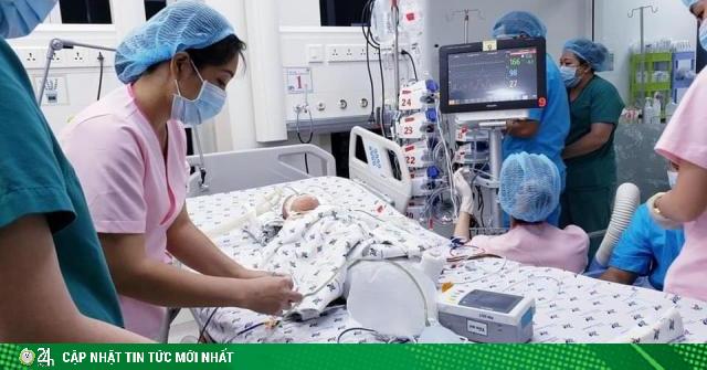 Thông tin mới nhất về sức khỏe của cặp song sinh Diệu Nhi - Trúc Nhi
