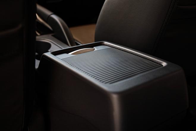 Mitsubishi Xpander Cross chính thức ra mắt thị trường Việt, có giá bán 670 triệu đồng - 12