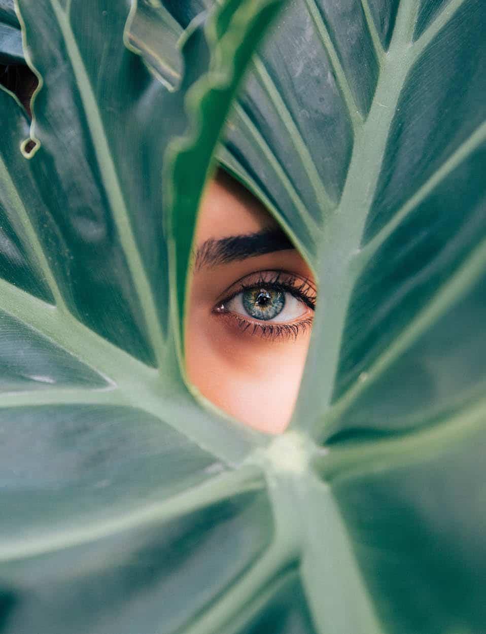 Cách giữ đôi mắt sáng trong như ngọc - 1