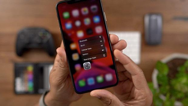 """iPhone XS đang hot tại Việt Nam, nhưng có mẫu iPhone khác còn """"ngon"""" hơn - 2"""