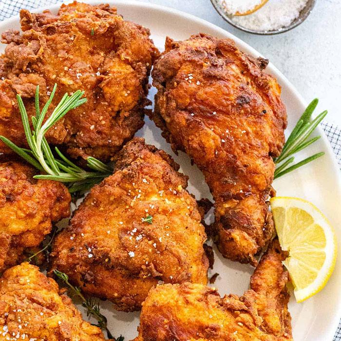 """Thịt gà rất ngon và bổ nhưng nếu ăn quá nhiều có thể gây ra những """"thảm họa"""" sức khỏe này - 1"""