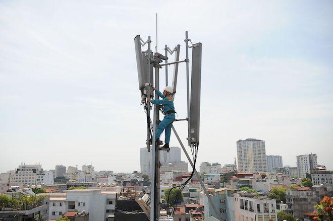 """Viettel """"thay áo"""" trạm thu phát sóng: Tăng gấp đôi tốc độ 4G, hướng tới 5G - 1"""