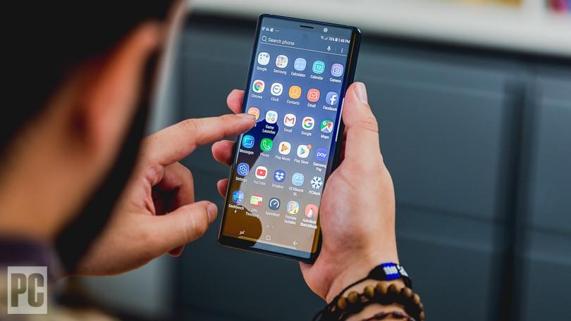 """Đây là chiếc điện thoại cao cấp, giá """"bình dân"""" khiến bạn quên ngay iPhone đắt đỏ - 1"""
