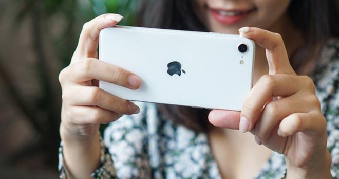 """iPhone SE sẽ """"đè bẹp"""" hết các flagship Android nhưng không át vía được iPhone 12 - 1"""