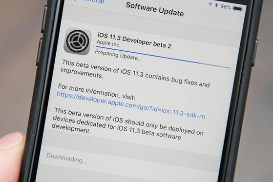Cách sửa lỗi iPhone bị mắc kẹt ở màn hình cập nhật iOS - 1