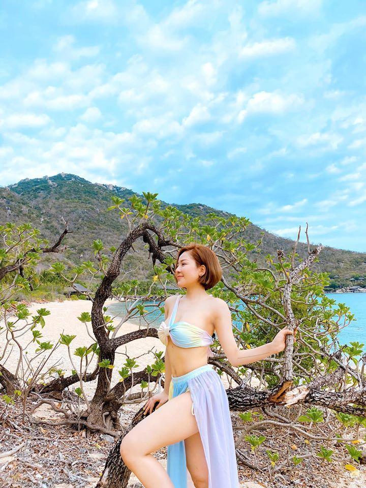 Hot girl Trâm Anh liên tục diện bikini khoe dáng nhờ kiểm soát được cân nặng - 4