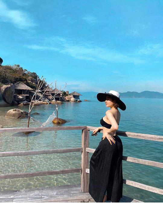 Hot girl Trâm Anh liên tục diện bikini khoe dáng nhờ kiểm soát được cân nặng - 6