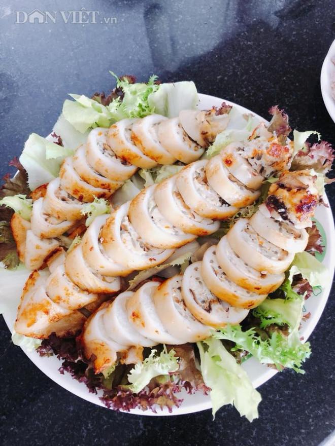 Lạ miệng với món mực nhồi thịt gà nấm hương đầy đủ dinh dưỡng, ăn không ngán - 3