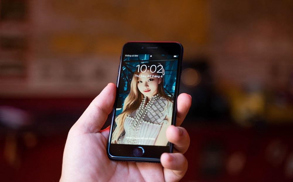 Hai mẫu iPhone này mạnh ngang nhau nhưng chênh giá 7 triệu, đâu là điểm khác biệt? - 2