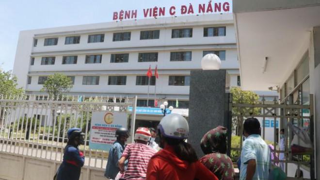Bệnh viện C Đà Nẵng 'nội bất xuất, ngoại bất nhập' sau ca nghi mắc COVID-19 - 3