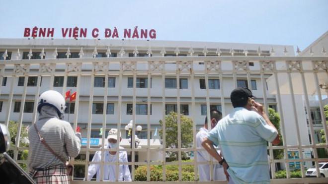 Bệnh viện C Đà Nẵng 'nội bất xuất, ngoại bất nhập' sau ca nghi mắc COVID-19 - 8
