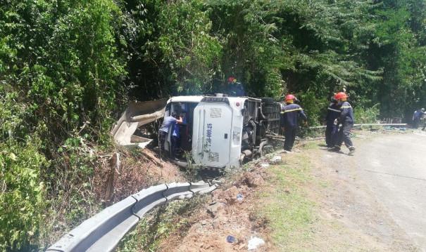 Tai nạn ở Quảng Bình: Hành khách ngồi phía tiếp giáp với ta luy đá tử vong gần hết - 2