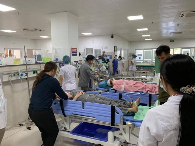 Tai nạn ở Quảng Bình: Hành khách ngồi phía tiếp giáp với ta luy đá tử vong gần hết - 1