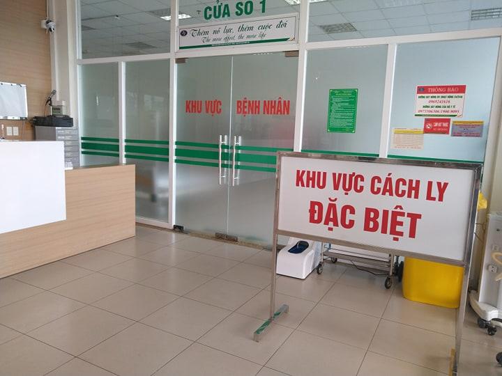 Thông tin mới về sức khỏe 2 bệnh nhân COVID-19 diễn biến nặng ở Đà Nẵng - 1