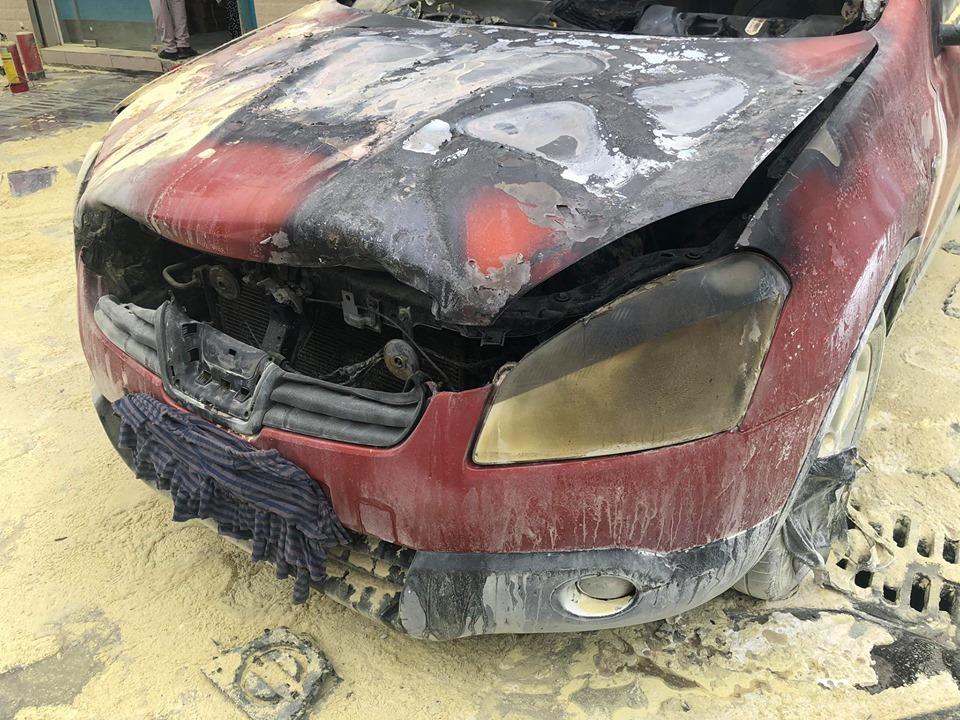 Ô tô 5 chỗ bất ngờ bốc cháy cạnh cây xăng, nhiều người hoảng sợ - 5