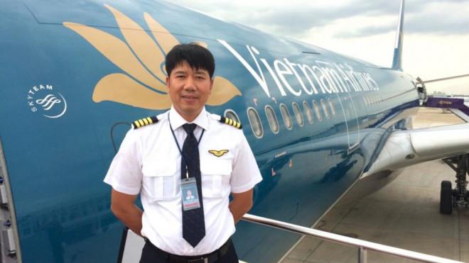 Cơ trưởng chuyến bay đi Guinea Xích đạo trải lòng trước giờ cất cánh - 1