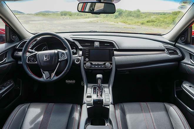 Đại lý Honda tung thêm màu độc cho dòng Civic RS tại Việt Nam - 6