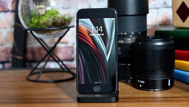 Doanh số iPhone tăng kỷ lục 225% tại Trung Quốc, Apple hốt bạc tỷ - 2