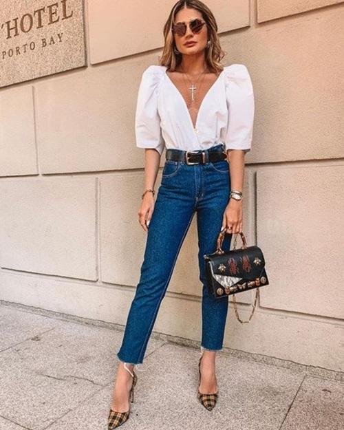 Quần jeans ống loe, màu ngà voi sẽ là xu hướng quần jeans lớn nhất mùa thu 2020 - 14