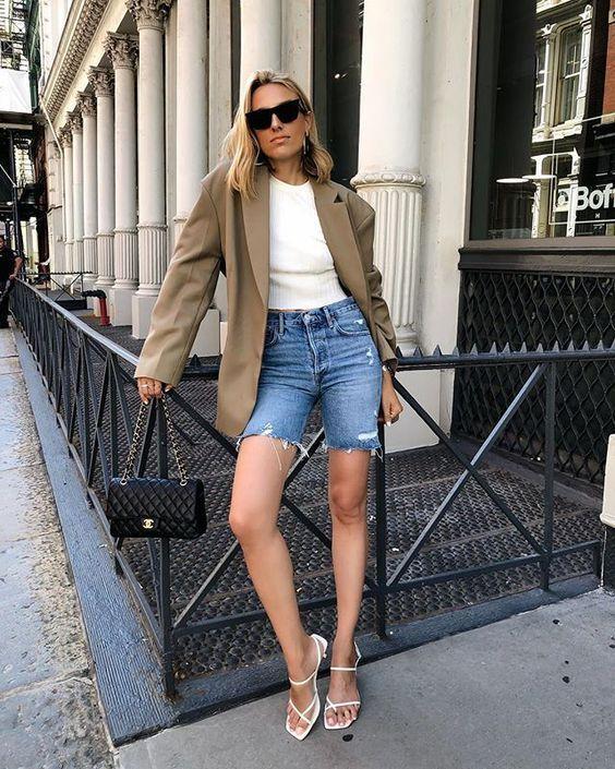 6 cách cô gái Pháp đang mặc quần denim short cổ điển trong mùa hè này - 4