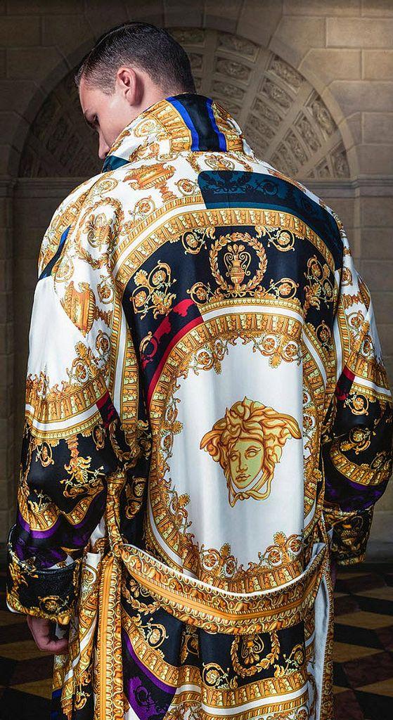 Thiên tài Gianni Versace yểu mệnh và đế chế thời trang danh tiếng - 3