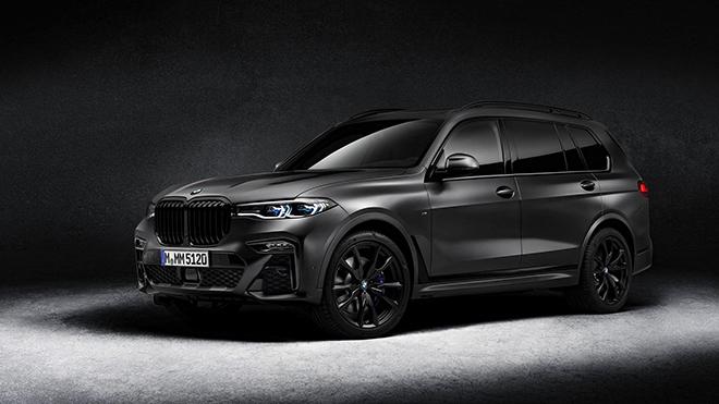 Xe SUV cỡ lớn BMW X7 ngầu hơn với gói trang bị Dark Shadow Edition - 1
