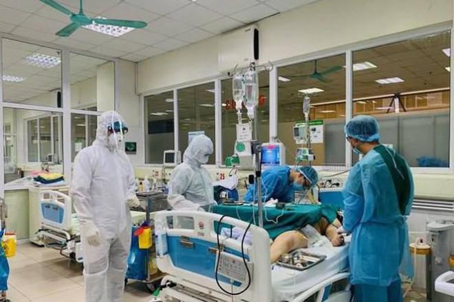 WHO: Đại dịch COVID-19 là khủng hoảng y tế một trăm năm mới xảy ra một lần - 1