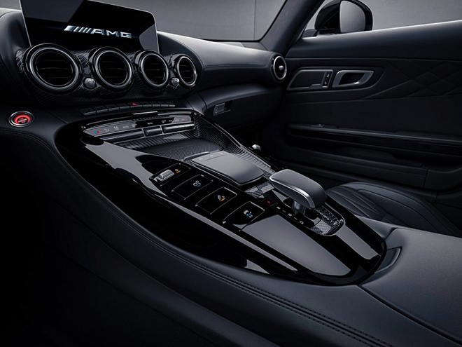 Siêu xe Mercedes-Benz AMG GT chính thức ra mắt, đi kèm một số nâng cấp mới - 10