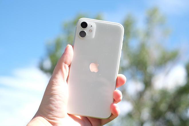 Những yếu tố nào trong thiết kế cần được chú trọng khi chọn smartphone? - 1
