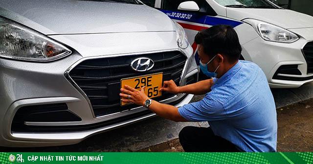 Từ đầu tháng 8 biển số xe các loại thay đổi kích thước ra sao?