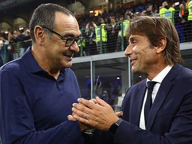 Truyền thông Italia liên tục đăng tải những thông tin cho rằng HLV Antonio Conte đang dàn xếp một cuộc đào tẩu sang Juventus.