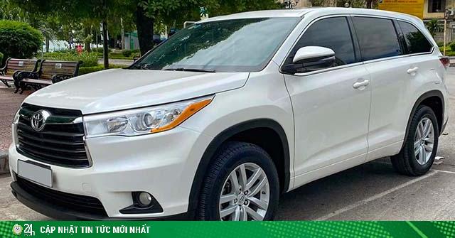 Xe nhập Toyota Highlander đời 2015 rao bán ngang giá Fortuner đập thùng
