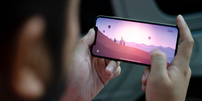 """Hai mẫu iPhone """"giá rẻ"""" và """"cao cấp"""" này đang được nhiều người dùng quan tâm - 5"""