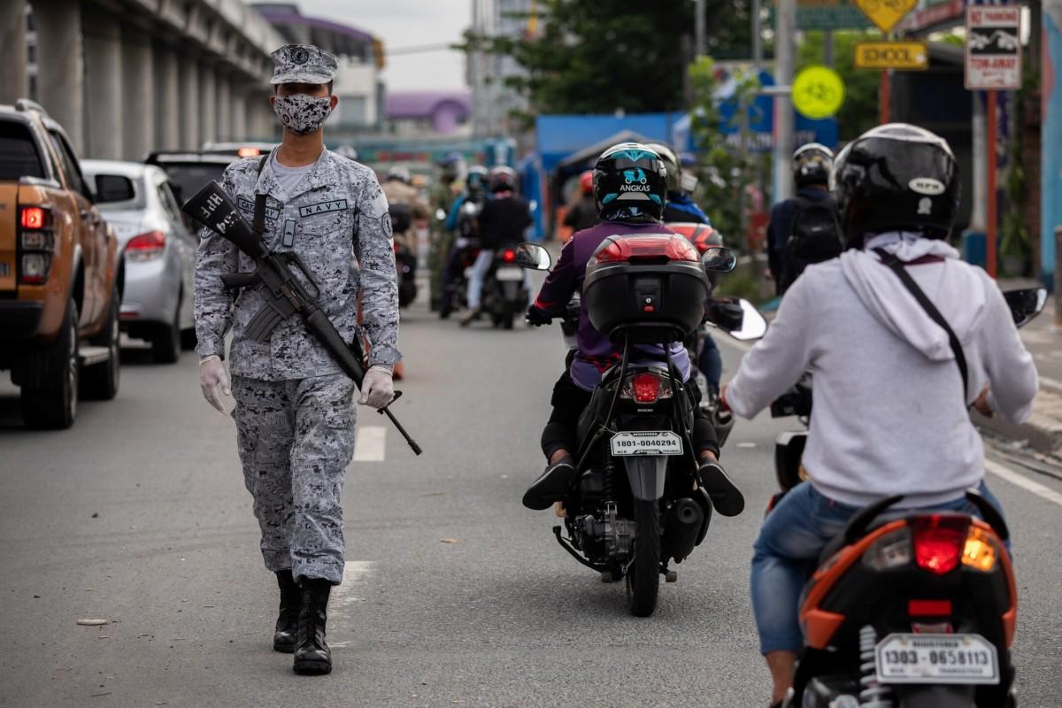Số ca nhiễm mới tăng vọt, Philippines thành tâm dịch Covid-19 lớn nhất ĐNA - 1